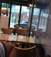 Ediya Coffee Sinchon Rotary