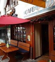 Cafe Putzi's Pub