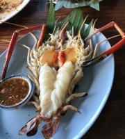 Phae Krung Kao Restaurant