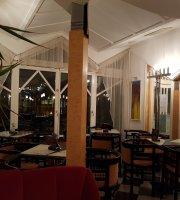 Cafe Romana