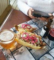 Ishuset & Gourmet Hotdog