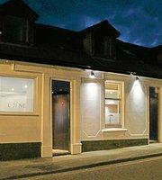 The Lorne Bar