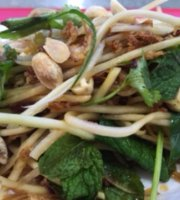 Dony salad noodle