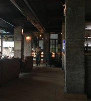 Social Cafe & Bar