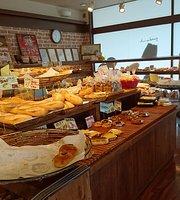 Yakitate artisanal bakery Sun Marron