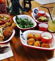 Mike Restaurant