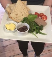 The Malthouse cafe & Gallery