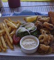 Limani Bar