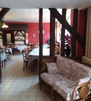 Hotel Le Relais Du Chapeau Rouge