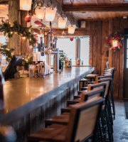 Forty Acres Tavern