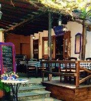 T'Archontiko Traditional Tavern
