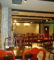 Cafe Entrepot