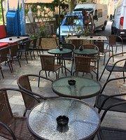 Le Heinz Cafe