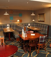 The Ferry Hotel Stonehouse Pizza & Carvery