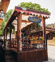 Qazmaq Cafe & Resturant