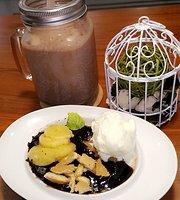 Diskus Cafe & Bites