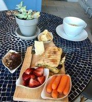 Cafe Miriam
