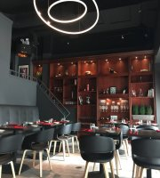 El Tenedor wine bar