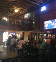 Susie's Bar