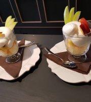 Mastro Cafe & Bistro