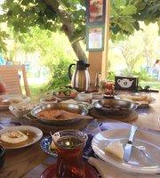Alaçatı Demlik Kahvaltı ve kafe