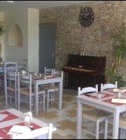 Bar Restaurant Gites Le Petit Pradellois