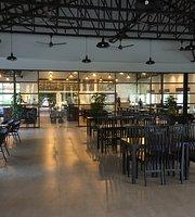 T & Co Cafe
