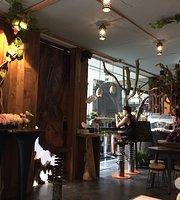 Waan Cafe Nimman