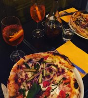 Enza & Famiglia Pizze Vino