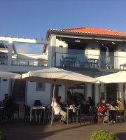 Villa Maçã Café Restaurante