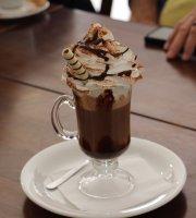 Cafeteria Café + Arte
