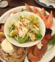 Halliford Mere Lakes & Restaurant