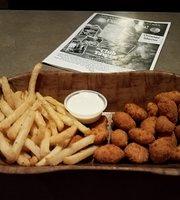 Club Tavern & Grille