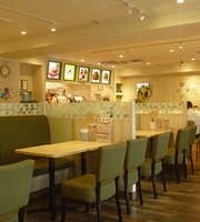 Mos Burger Ogimachi Kansai TV Mae