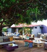 Nao Beach House