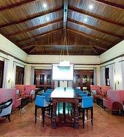 Nau Lobby Bar