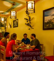 Moment Romantic Restaurant