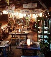 Kedai Herbal Santhika