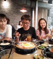 黃鶴洞韓式料理(嘉義中山店)