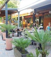 Eleven Restaurant Cafe