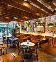 Bob's Cafe Queens Park