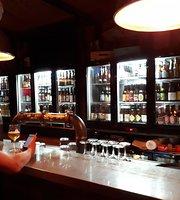 Drinkers Pub