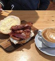 Common Groundz Community Cafe