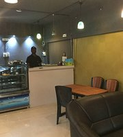 Yava Cafe Lounge