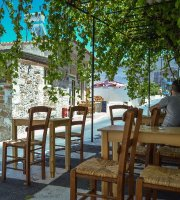 Topolis Cafe