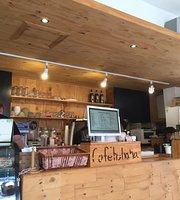 Cafe HaHaHa