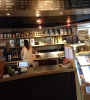 Cups Espresso & Café