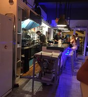 Pau Resto Bar