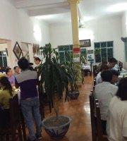 Nhà hàng Lâm Tới