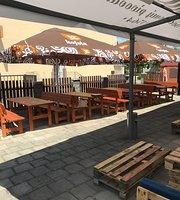 Restaurace Na Sokolovně